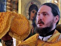 Отец Сергий на Великом входе