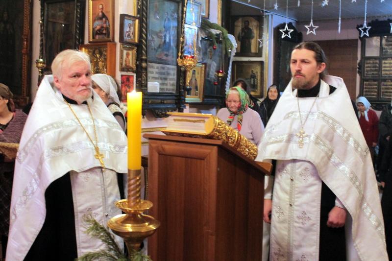Богослужение в Крещенский сочельник