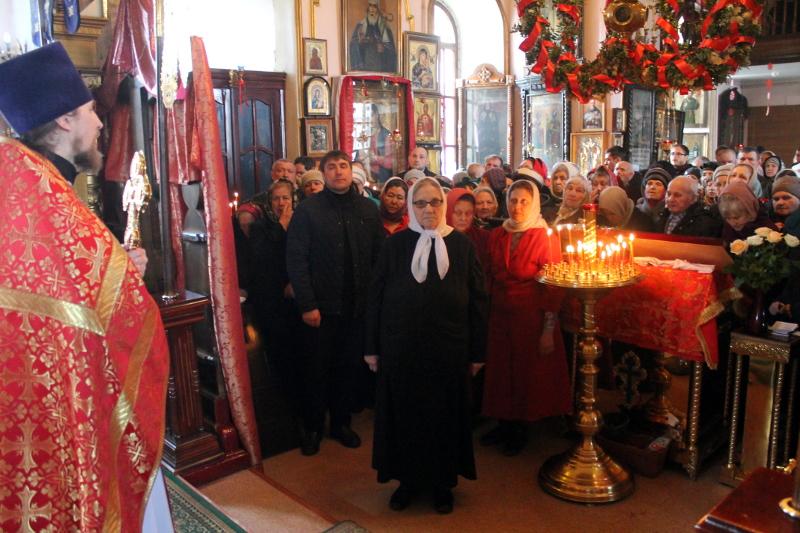 Православный Женский День — праздник святых Жен Мироносиц