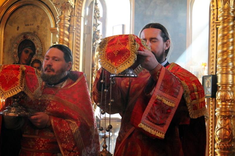 Воскресение о самарянке и праздник святого Георгия Победоносца