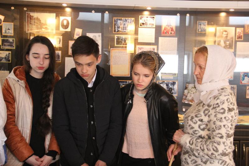 Посещение учащимися школы в честь прп. Сергия Радонежского епархиального музея