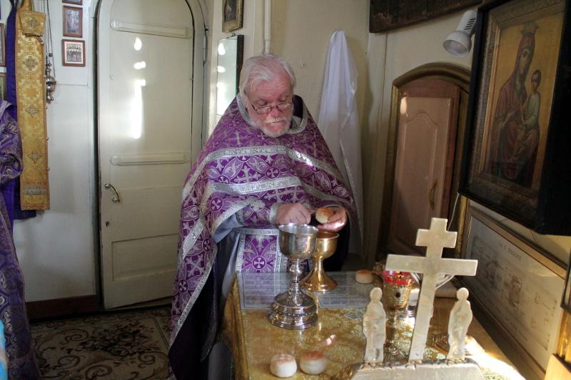 Праздник Изнесения Честного Креста Господня
