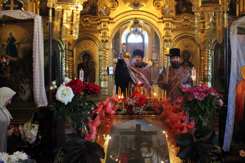 Воздвижение Честного и Животворящего Креста
