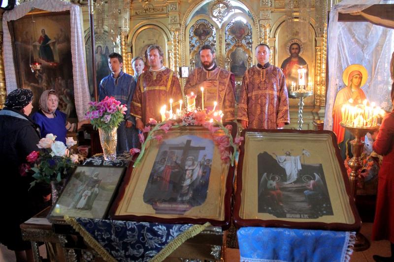 Воскресное богослужение и праздник святых мучениц