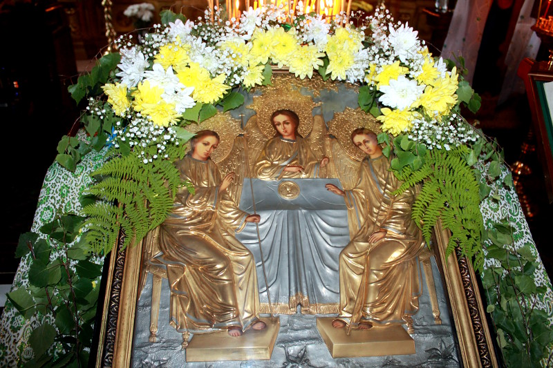 Праздник Святой Троицы в храме Всех Святых