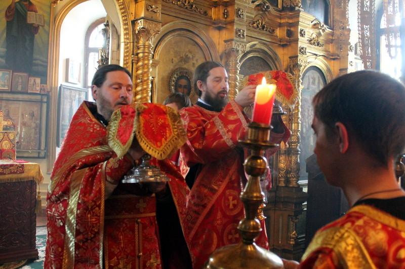 Праздник Усекновения честной главы Крестителя Иоанна в храме Всех Святых