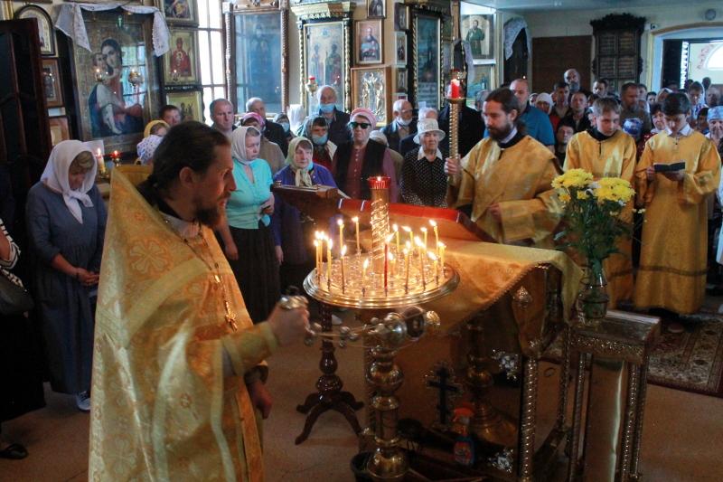 Праздник Собора Всех Святых в земле Русской просиявших