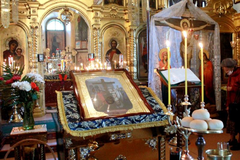 Праздник Воздвижения Честного и Животворящего Креста Господня