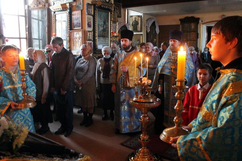 Праздник Покрова Пресвятой Богородицы в храме Всех Святых