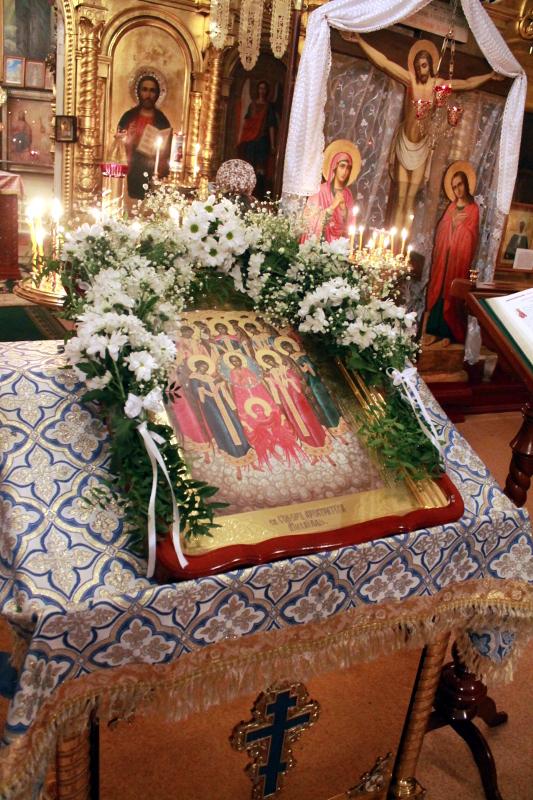 Литургия в Праздник Архангела Михаила в храме Всех Святых