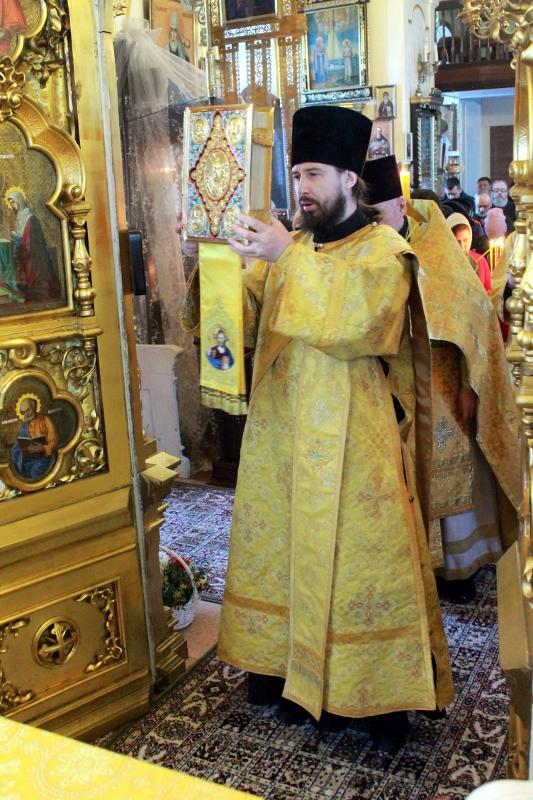 Прощённое воскресенье в храме Всех Святых