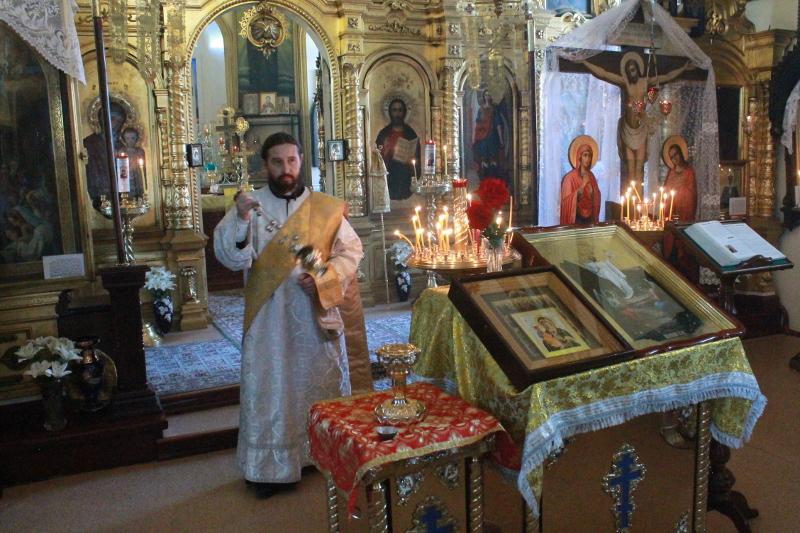 В 3-ю Неделю по Пятидесятнице ключарь Храма Всех Святых, иерей Антоний Шувакин совершил Литургию