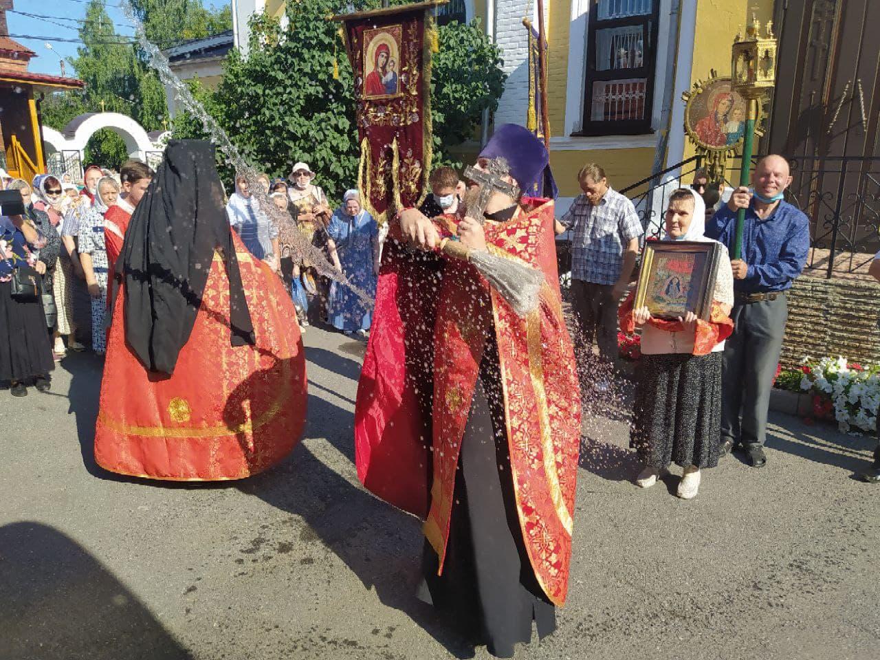 Божественную Литургию в день памяти пророка Илии в Храме Всех Святых совершил иеромонах Серафим (Максимов)