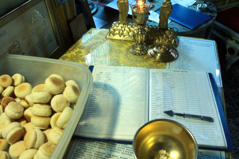 В храме Всех Святых состоялось торжественное богослужение по поводу дня памяти преподобного Сергия Радонежского